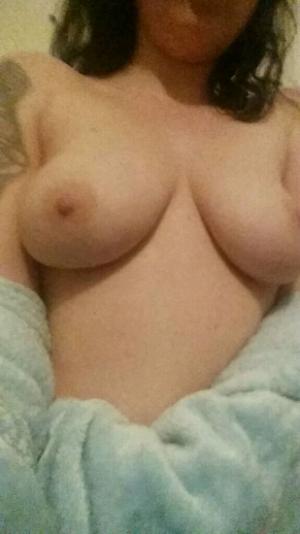 LauraLove95